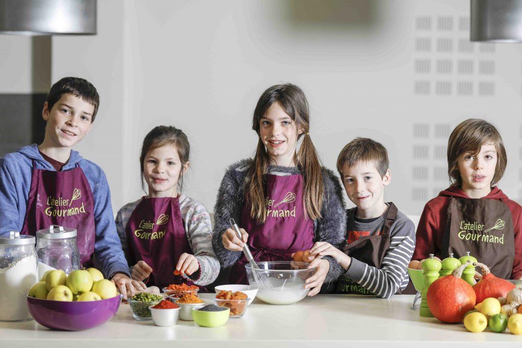 Des cours de cuisine pour nos enfants et ados la dr me - Cours de cuisine enfant ...
